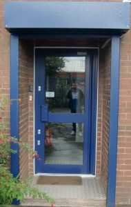 automatic aluminium entrance door